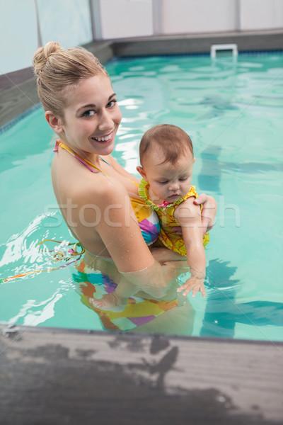 довольно матери ребенка Бассейн отдыха центр Сток-фото © wavebreak_media