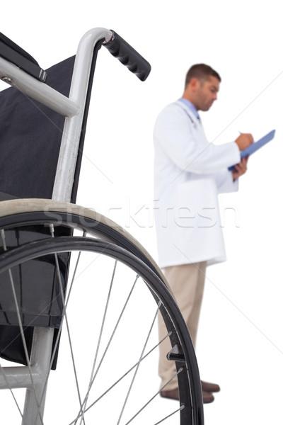 врач Дать буфер обмена белый человека коляске Сток-фото © wavebreak_media