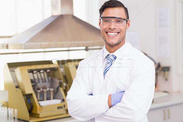 Feliz cientista sorridente câmera laboratório Foto stock © wavebreak_media