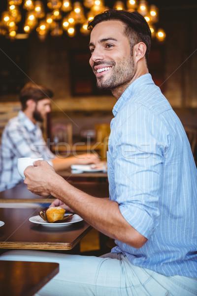 Uśmiechnięty biznesmen kubek kawy Zdjęcia stock © wavebreak_media