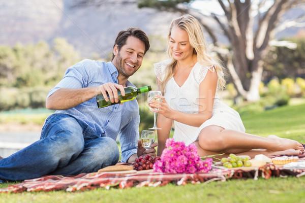 Aranyos pár randevú tart szemüveg bor Stock fotó © wavebreak_media