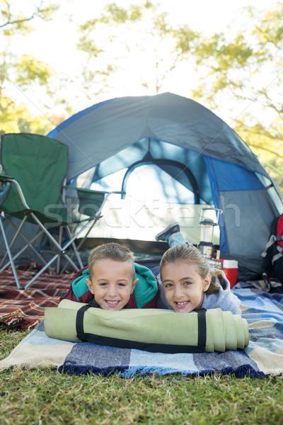 Mosolyog testvérek kívül sátor portré lány Stock fotó © wavebreak_media