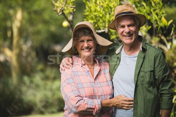 Ritratto sorridere impianti uomo Coppia Foto d'archivio © wavebreak_media