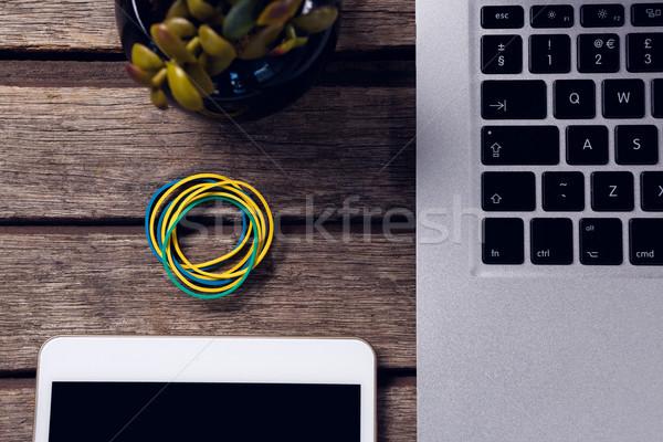 Dijital tablet dizüstü bilgisayar tel kalem Stok fotoğraf © wavebreak_media