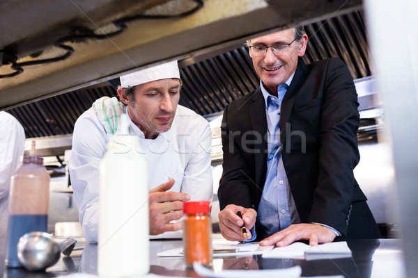 Férfi étterem menedzser ír vágólap fej Stock fotó © wavebreak_media