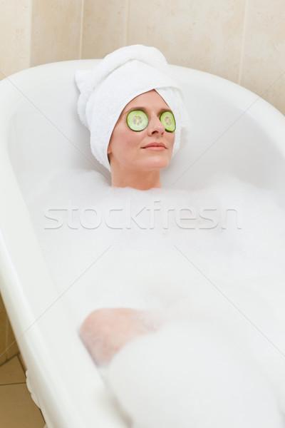 Foto d'archivio: Donna · bagno · asciugamano · testa