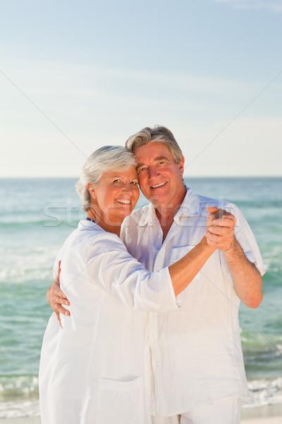 Emeryturę para taniec plaży kobieta dance Zdjęcia stock © wavebreak_media