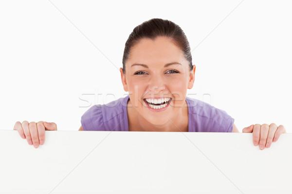 Portre iyi görünümlü kadın poz arkasında ilan panosu Stok fotoğraf © wavebreak_media