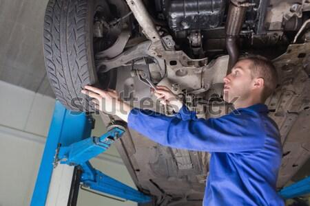 Mechanik opon mężczyzna pracownika Zdjęcia stock © wavebreak_media