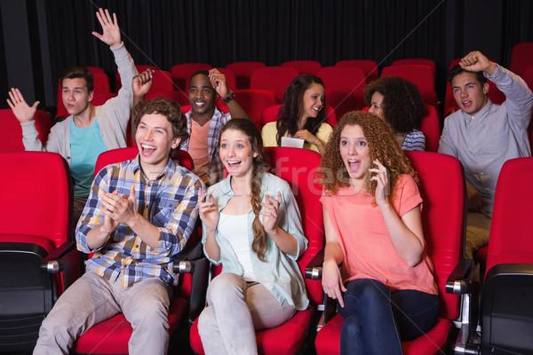 молодые друзей смотрят фильма кино девушки Сток-фото © wavebreak_media