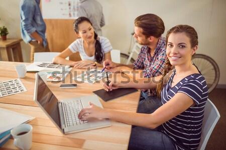 ülő kreatív üzleti csapat együtt dolgozni iroda kávé Stock fotó © wavebreak_media