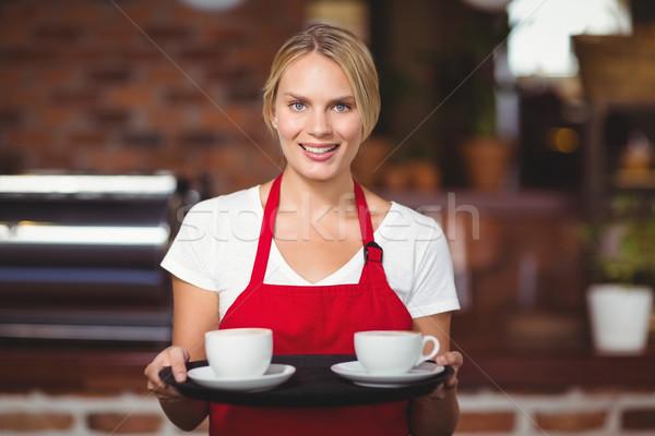 Mooie serveerster dienblad portret coffeeshop Stockfoto © wavebreak_media