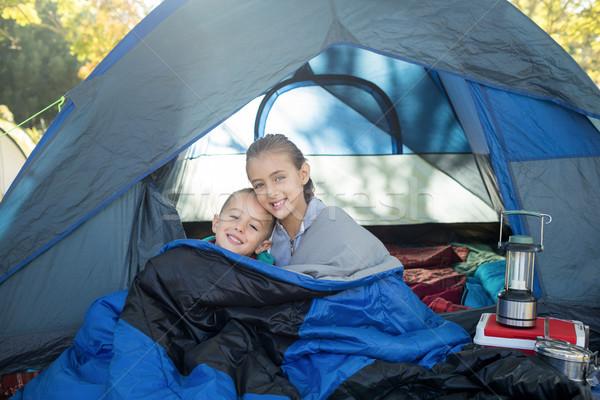 Boldog testvérek ül sátor portré lány Stock fotó © wavebreak_media