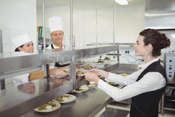 şef gıda yemek garson sipariş istasyon Stok fotoğraf © wavebreak_media
