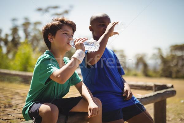 мальчики питьевая вода тренировки загрузка лагерь Сток-фото © wavebreak_media