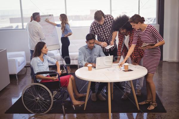 Fogyatékos üzletemberek kollégák kreatív iroda tervez Stock fotó © wavebreak_media