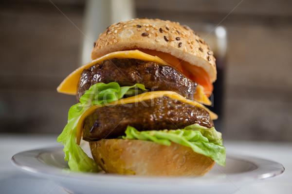 Hamburger in plate Stock photo © wavebreak_media