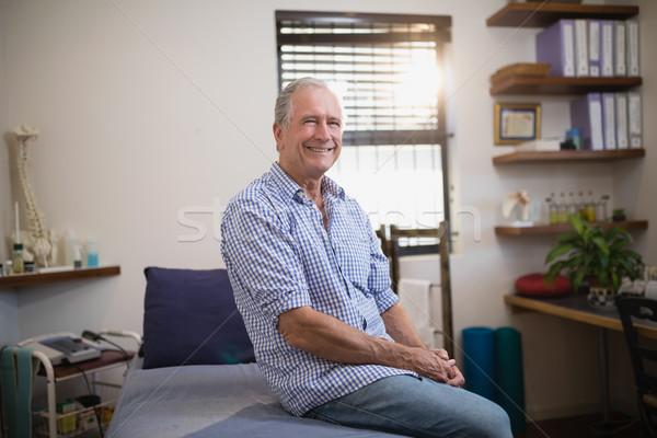 Portre gülen kıdemli erkek hasta oturma Stok fotoğraf © wavebreak_media