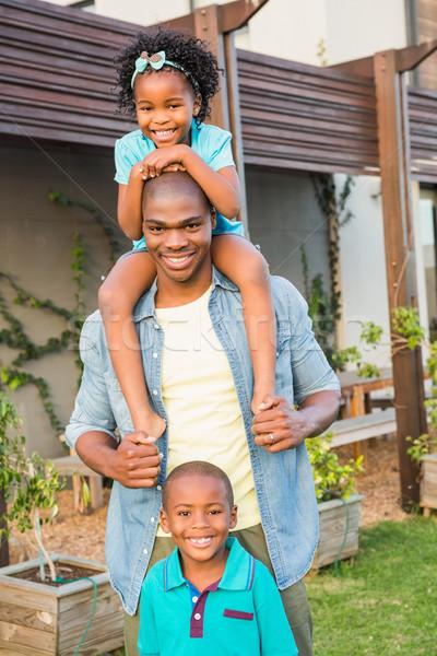 Feliz pai crianças jardim menina Foto stock © wavebreak_media