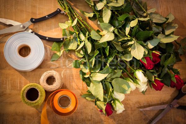 Fleuriste table affaires fleurs Photo stock © wavebreak_media