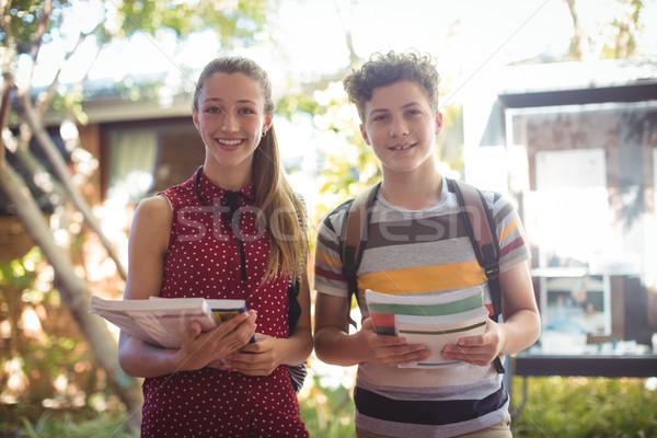 Ritratto felice libri scuola Foto d'archivio © wavebreak_media