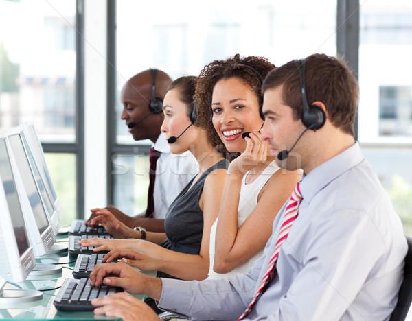 Stockfoto: Glimlachend · zakenvrouw · werken · call · center · jonge · business