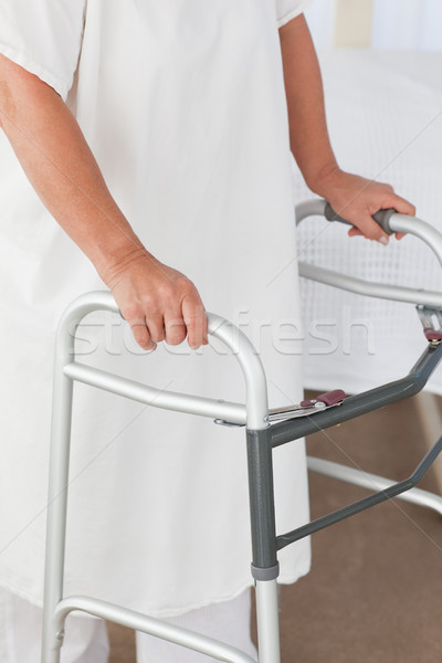 Senior mulher quadro metal caminhada feminino Foto stock © wavebreak_media