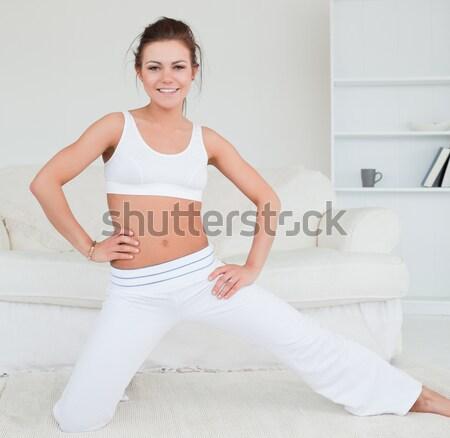 Ince genç esmer göbek kız Stok fotoğraf © wavebreak_media
