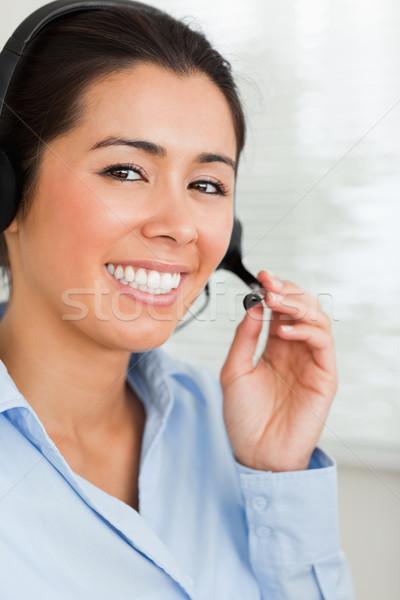 Portret goed kijken vrouw hoofdtelefoon helpen klanten Stockfoto © wavebreak_media