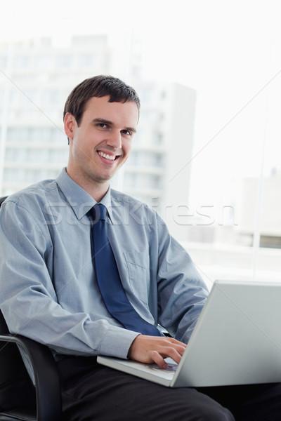 Portré menedzser notebook iroda üzlet férfi Stock fotó © wavebreak_media