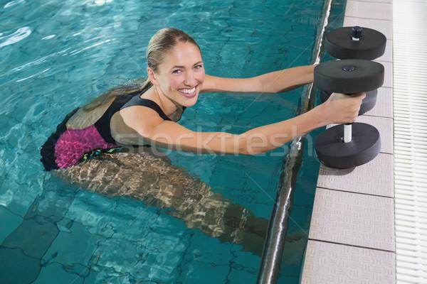 Montare schiuma manubri piscina Foto d'archivio © wavebreak_media