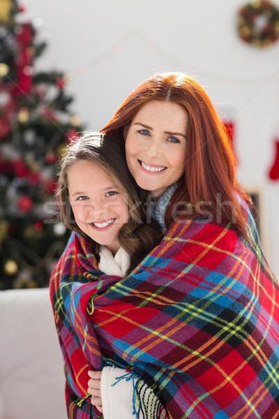 Anne kız battaniye ev oturma odası Stok fotoğraf © wavebreak_media
