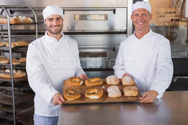 Team lächelnd Kamera Brot Küche Bäckerei Stock foto © wavebreak_media