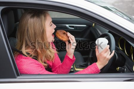 Donna specchio rossetto guida auto femminile Foto d'archivio © wavebreak_media