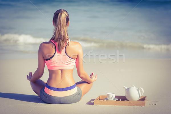 Encajar mujer yoga playa atrás primavera Foto stock © wavebreak_media
