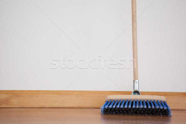 Bezem houten behandelen vloer muur hout Stockfoto © wavebreak_media