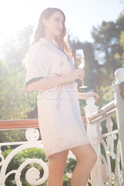 Piękna oblubienicy szampana flet stałego Zdjęcia stock © wavebreak_media