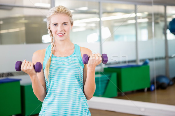 Geschikt vrouw fitness studio Stockfoto © wavebreak_media