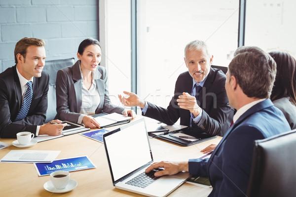会議室 ビジネス 女性 会議 ビジネスマン ストックフォト © wavebreak_media