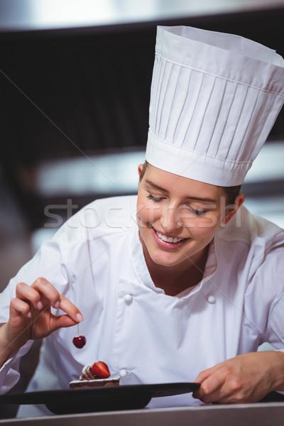 Foto stock: Chef · cereza · postre · comerciales · cocina · restaurante