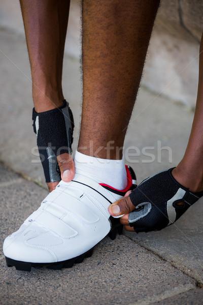 Atléta visel sportok cipők stadion fitnessz Stock fotó © wavebreak_media