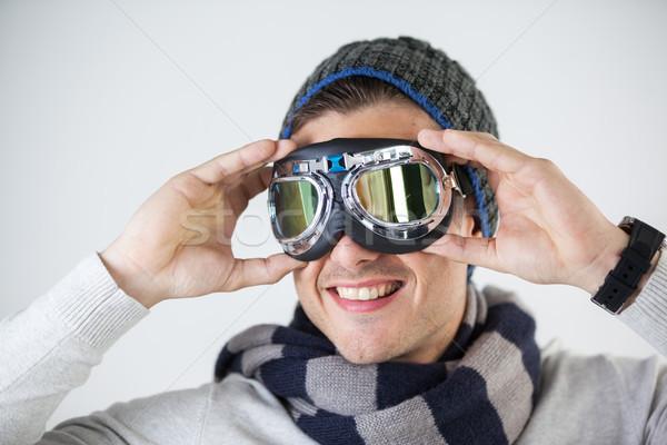 Man winter kleding stofbril witte Stockfoto © wavebreak_media