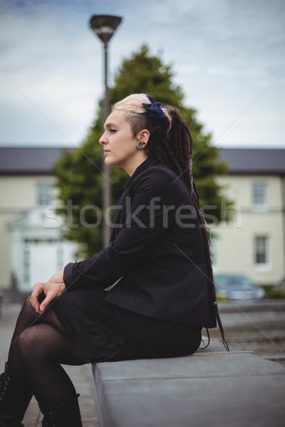 Empresária relaxante escritório escola mulher Foto stock © wavebreak_media