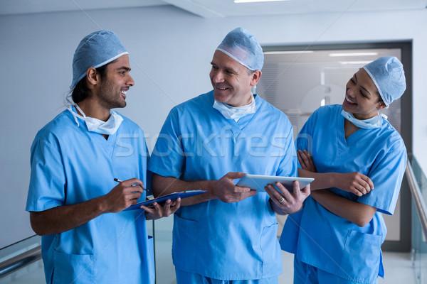チーム 外科医 デジタル タブレット 病院 ストックフォト © wavebreak_media