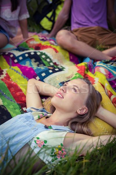 Mujer relajante campamento viaje diversión Foto stock © wavebreak_media