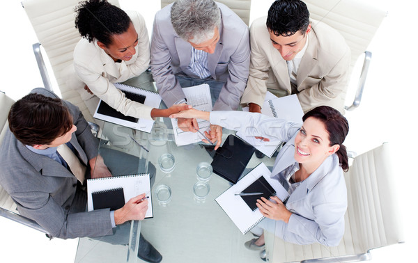 笑みを浮かべて 国際ビジネス 人 握手 会議 コンピュータ ストックフォト © wavebreak_media