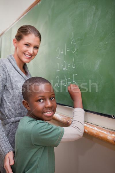 Portret leraar uitleggen wiskunde Blackboard hand Stockfoto © wavebreak_media