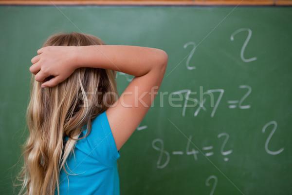 Wenig Schülerin Denken zurück Kopf Tafel Stock foto © wavebreak_media