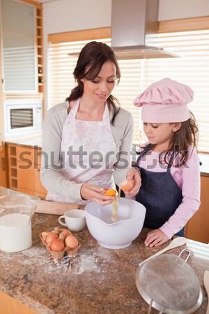 Portre anne mutlu kız mutfak Stok fotoğraf © wavebreak_media