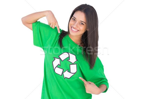 Activist wijzend symbool tshirt recycling groene Stockfoto © wavebreak_media